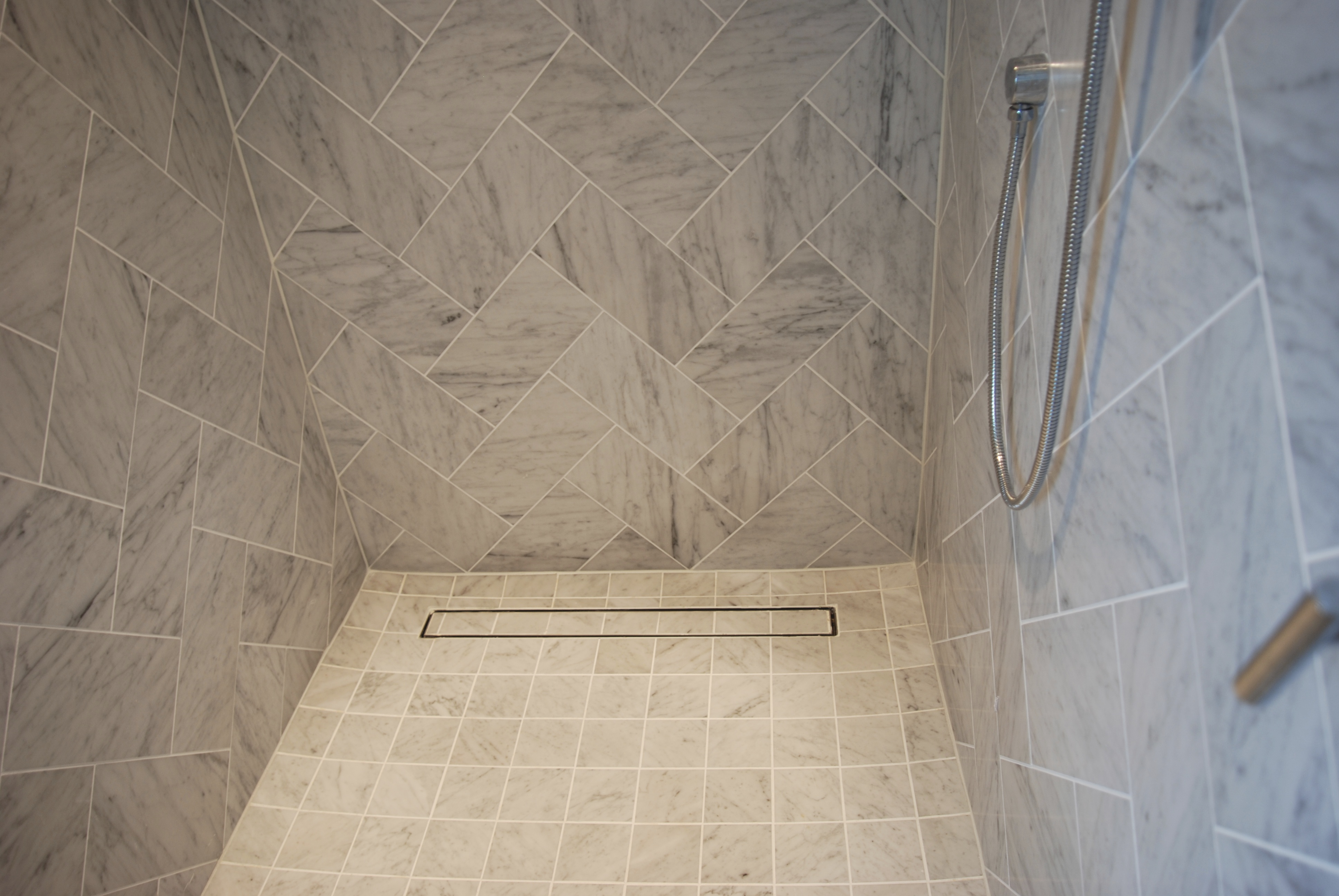 ... Ti35 Luxe Linear Shower Drain Tile Insert