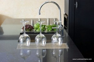 Luxe Linear Kitchen drains